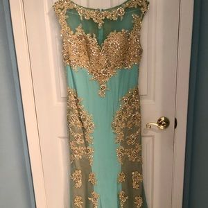 Gorgeous mint prom dress Sz 12